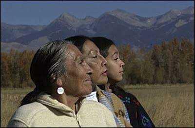 femmes amérindiennes gardiennes de la terre