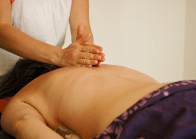 massage polynésien: détente et bien être